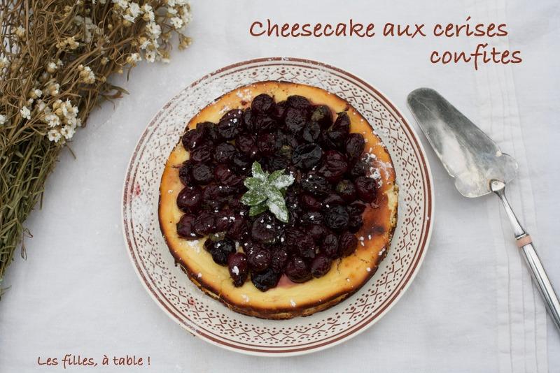 cheesecake, cerises, les filles à table