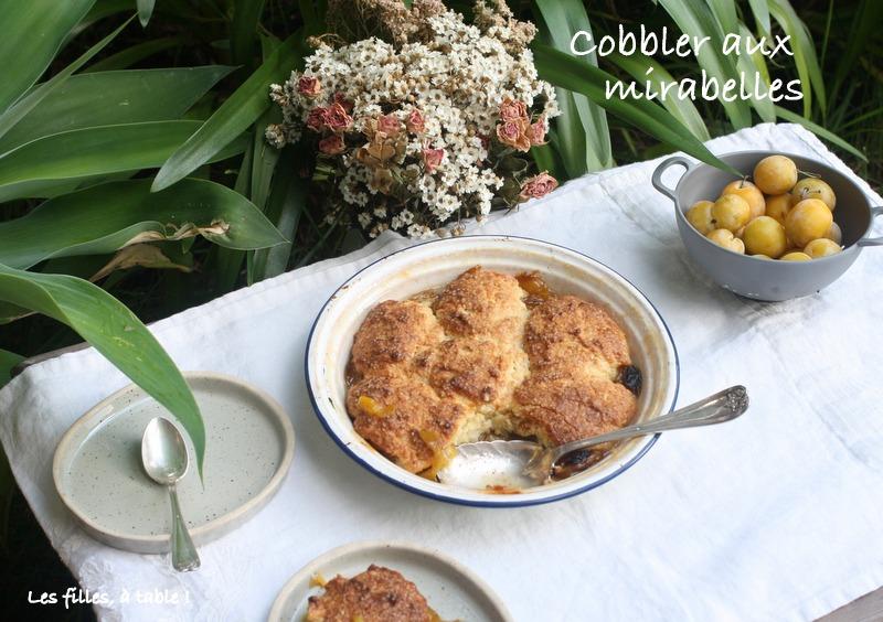 cobbler, mirabelles, les filles à table