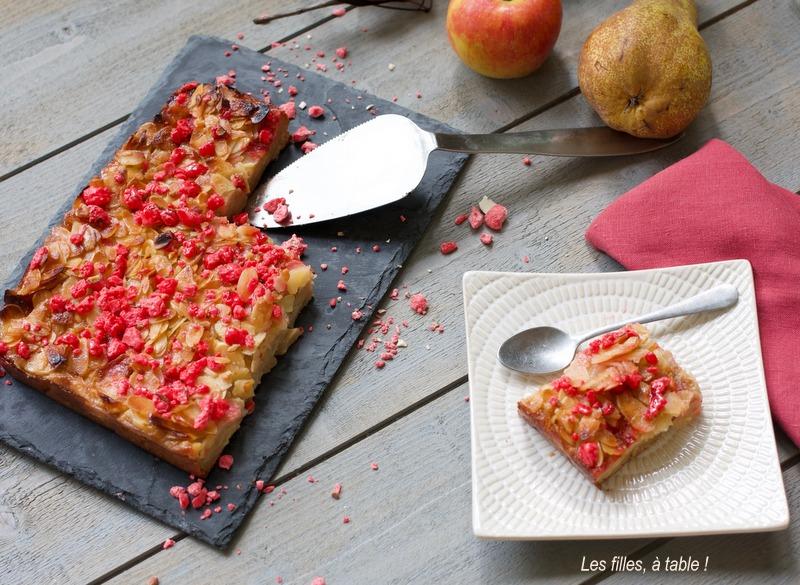 grimolée, gâteau, pommes, poires, les filles à table