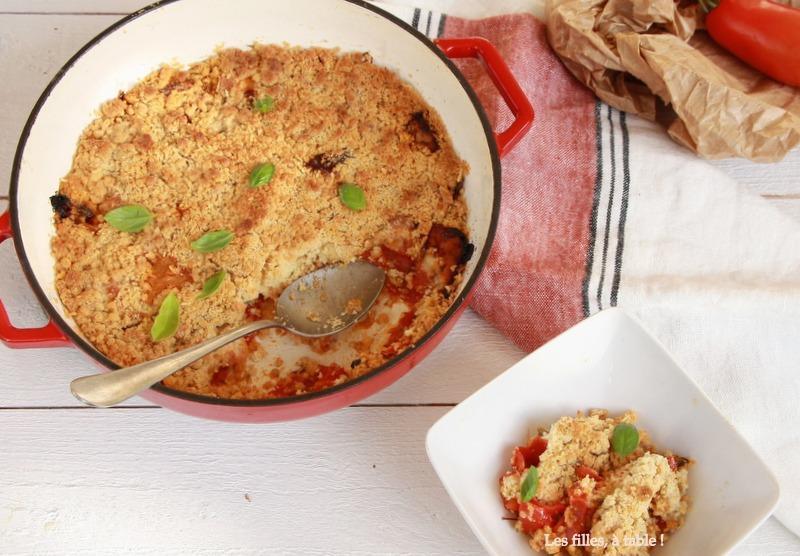 Crumble de tomates, chèvre sec et parmesan